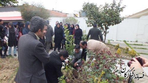 مراسم روز درختکاری با هماهنگی اداره حفاظت محیط زیست گرگان برگزار شد