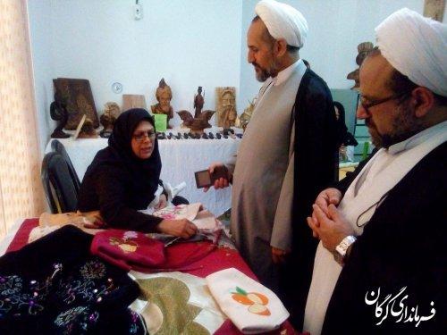 نمایشگاه هنرهای تجسمی دستان نقش آفرین در خانه فرهنگ پرسش گرگان افتتاح شد