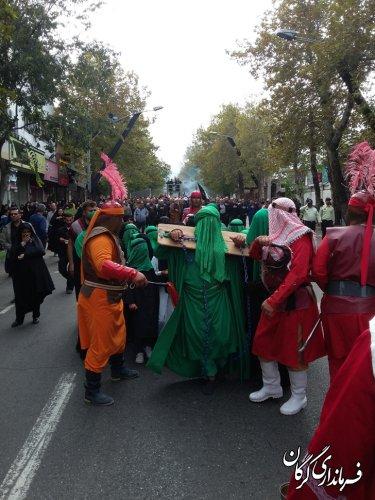 مراسم پیادهروی جاماندگان اربعین همراه با آئین تعزیه در گرگان برگزار شد