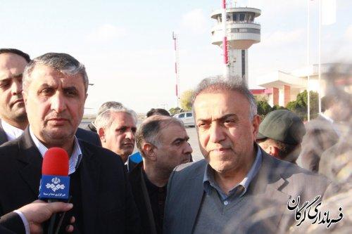 استقبال فرماندار شهرستان گرگان از وزیر راه و شهرسازی در فرودگاه بین المللی گرگان
