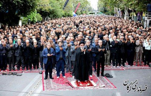 نماز ظهر عاشورا به امامت نماینده ولی فقیه در استان اقامه شد