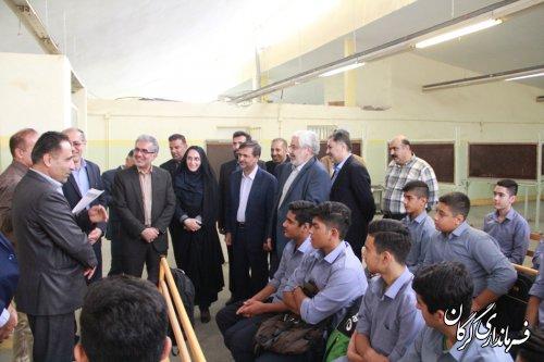 معاون برنامه ریزی و توسعه منابع وزارت آموزش و پرورش از هنرستان شهید نصیری گرگان بازدید کرد