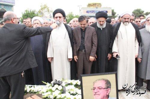 مراسم تشییع پیکر اولین استاندار گلستان ،اولین فرماندار و شهردارگرگان بعد از انقلاب اسلامی در گرگان برگزار شد