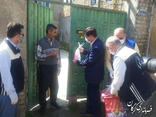 اهداء بسته های بهداشتی و سبد غذایی به مددجویان کمیته امداد امام خمینی(ره) شهرستان گرگان